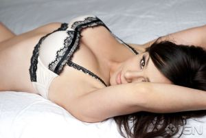 Danielle-Harris-Sexy-Lingerie-Photoshoot-By-Cherie-Roberts-02