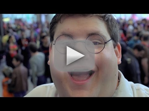 Real Life Peter Griffin Wins New York Comic Con: Watch Him in Action! – The Hollywood Gossip